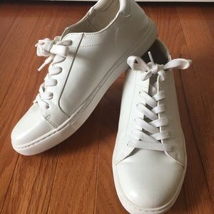 Kenneth Cole Reaction White Sneakers w/ Gold Strip